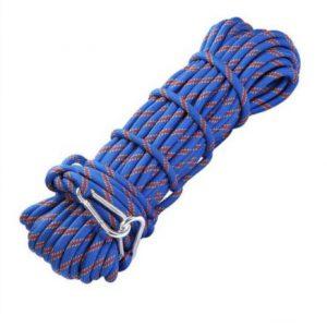 Una cuerda no certificada que no es lo suficientemente fuerte como para atrapar casi cualquier caída de plomo